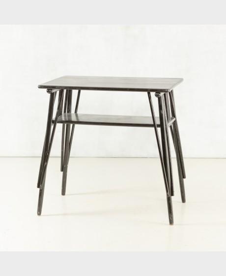 Pöytä