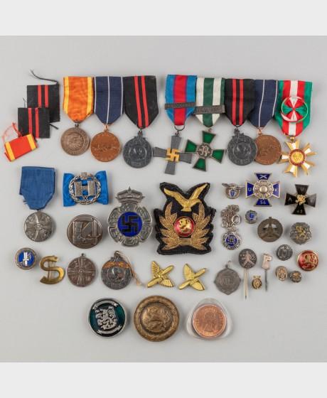 Kunniamerkkejä, taistelulentäjän henkilökokonaisuus