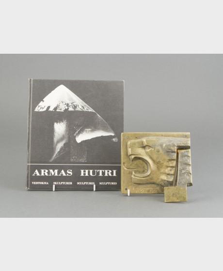 Armas Hutri + kirja