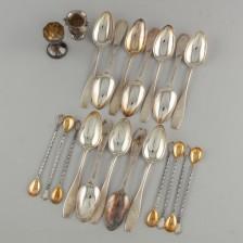 Erä hopealusikoita 1900-luku