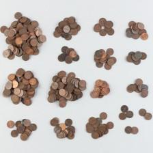 Erä suomalaisia pennejä