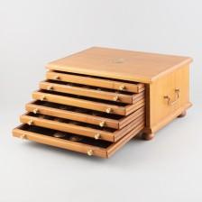 Mitalisarja 60 kpl laatikossa
