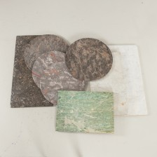 Kivilevyjä (pöydän kansia), 8 kpl