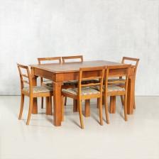 Pöytä (biljardi) ja tuoleja 6 kpl