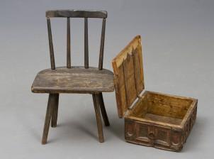 Tuoli ja arkku