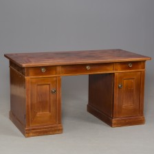 Kirjoituspöytä