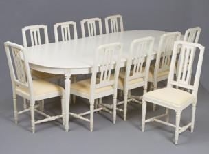 Pöytä ja tuoleja, 10 kpl