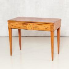 Pelipöytä (TA)