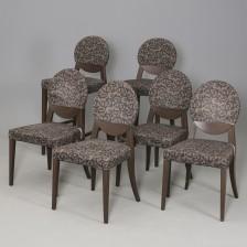 Tuoleja, 4 kpl ja baarijakkaroita, 2 kpl