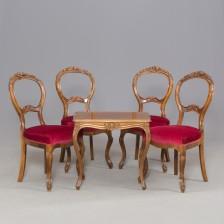 Pöytä ja tuoleja , 4 kpl