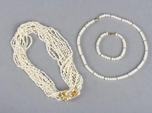 Helmikaulakoruja, 2 kpl ja helmirannerengas