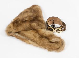 Puuhka ja vyö (Dolce & Gabbana)