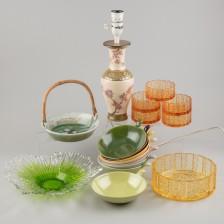 Erä lasia ja keramiikkaa