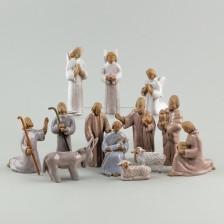 Seimi figuriinejä, 13 kpl