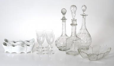 Erä lasia, 10 kpl ja pöytäkoristepari