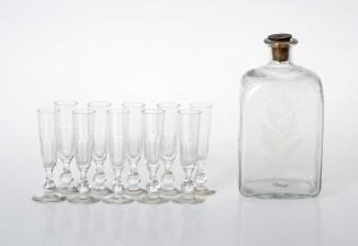 Laseja, 10 kpl ja pullo