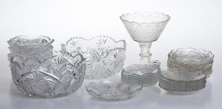 Erä kristalliesineitä