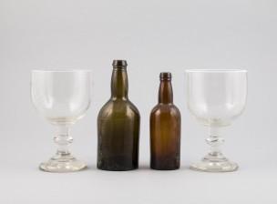 Pikareita, 2 kpl ja pulloja, 2 kpl