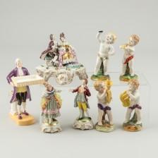 Erä figuriineja, 8 kpl