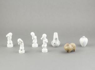 Figuriineja, 5 kpl ja maljakoita, 2 kpl