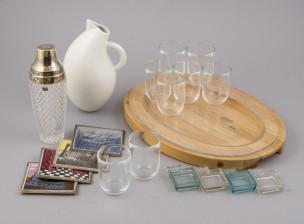 Erä keramiikkaa ja lasia
