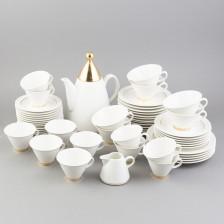 Tee- ja kahviastioita, 54 kpl