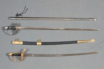 Miekkoja, 2 kpl