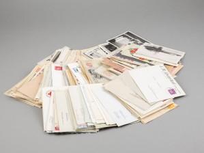 Erä kortteja, kirjekuoria, ym., noin 320 kpl