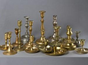 Erä kynttilänjalkoja
