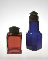 Teerasia ja pullo