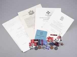 Rannikkojoukoissa palvelleen luutnantin henkilökokonaisuus (Bengt Gros)