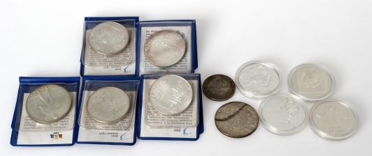Juhlarahoja, 10 kpl ja 2 mk kolikko