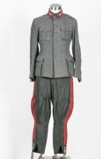 Majurin m/36 mantteli + Tykistökapteenin univormu m/36