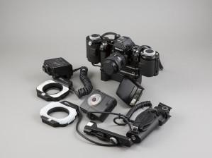 Nikon F2 ja MF-1 + MB1