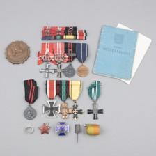 Kunniamerkkejä, upseerin henkilökokonaisuus