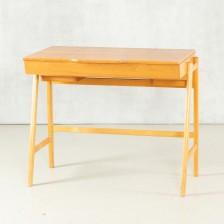 Kampauspöytä