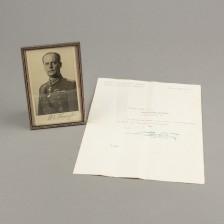Valokuva signeerauksella ja kirje