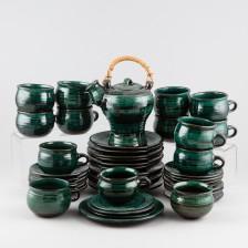 Tee-astiasto
