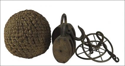 Lepuuttaja (köysifendari), plokeja, 2 kpl ja lokipyöriä, 2 kpl