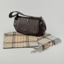Bruno Magli laukku, huivi